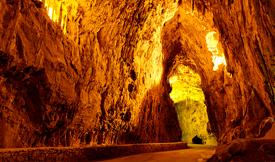 Cuevona de Cuevas, en Ribadesella